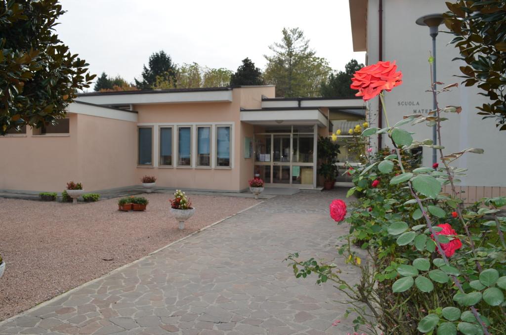 Scuola Materna con fiore